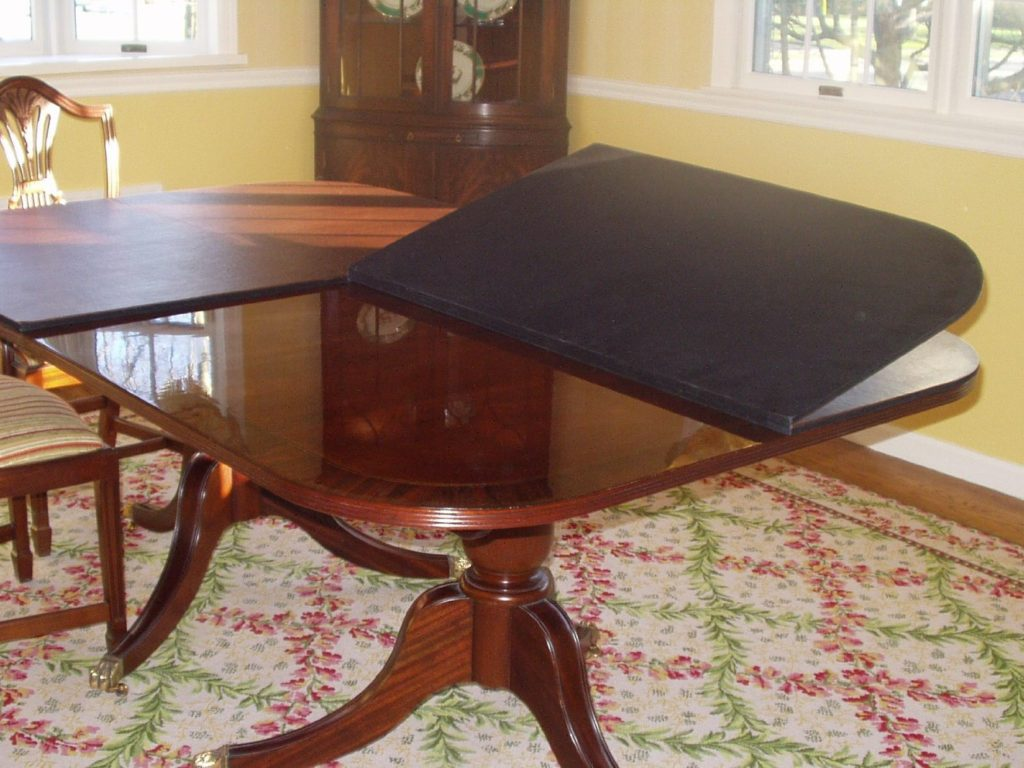 CUSTOM TABLE PADS Lapidus Decor - Brown table pad